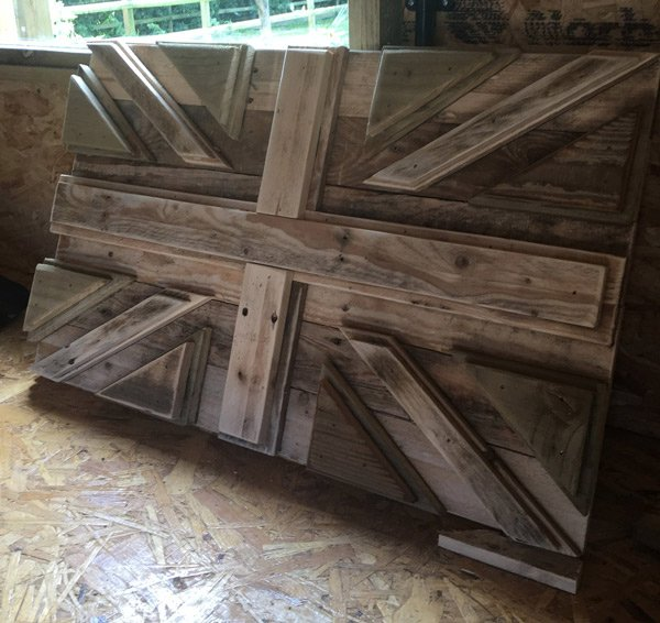 Wooden-Union-Jack-flag