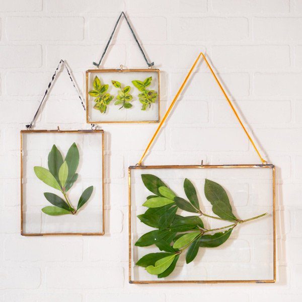 Brass-picture-frames